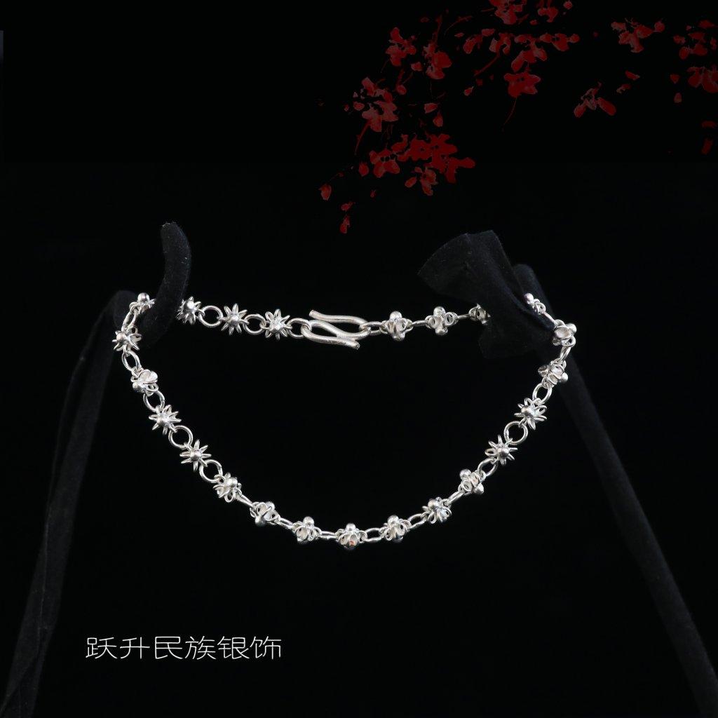 高色银梅花项链